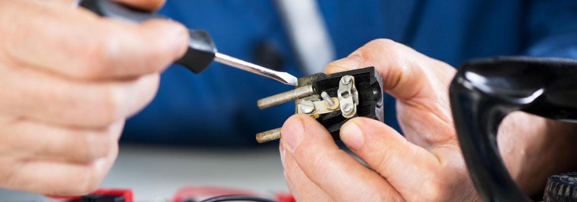 Besoin d'un électricien à Paris : comment choisir son artisan